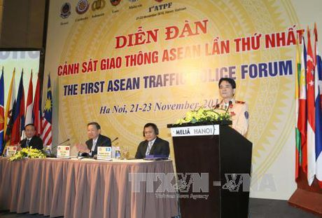 Be mac dien dan Canh sat giao thong ASEAN lan thu nhat - Anh 1