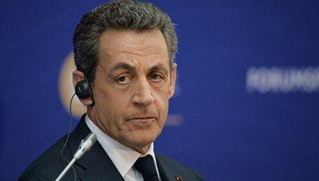 Cuu TT Phap Sarkozy quyet dinh tu gia chinh truong - Anh 1