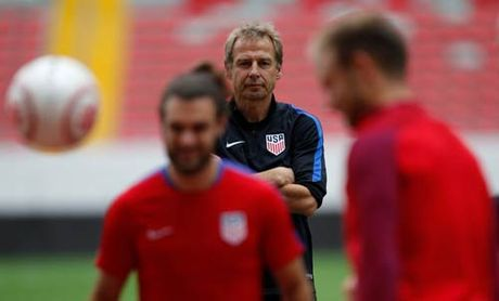 Tin HOT bong da trua 22/11: DT My sa thai Klinsmann - Anh 1