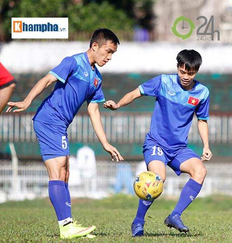 Cong Phuong: Gat on ao doi tu de ghi diem voi HLV Huu Thang - Anh 6