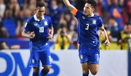 Thai Lan lay ve ban ket som, Indonesia hoa Philippines 2-2 - Anh 1