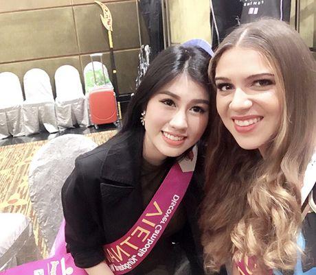 Nguoi dep Viet Nam bat ngo vao Top 9 Hoa hau du lich quoc te - Anh 7