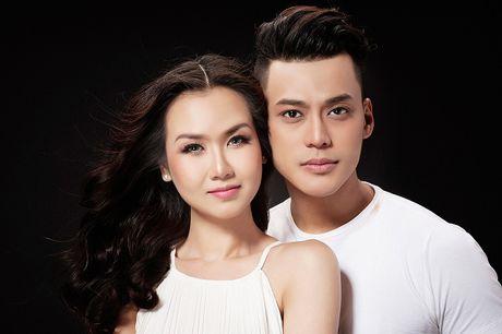 Phan Ngoc Luan - Vo Ha Tram cung ban nude trong single moi - Anh 2