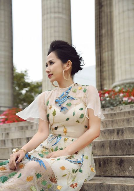 Nu fashionista - doanh nhan Tram Nguyen noi bat tren pho Paris - Anh 9