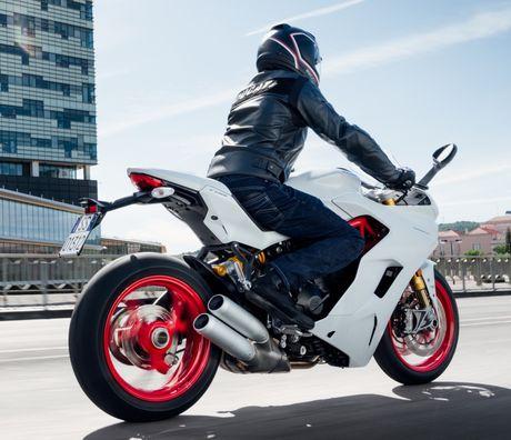 Ducati Supersport 2017 mau xe dep nhat tai EICMA - Anh 3