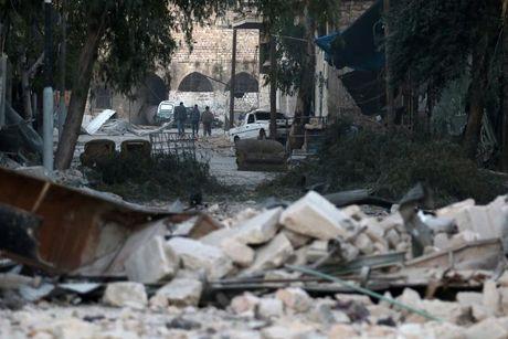 157 dan thuong thiet mang sau 1 tuan noi lai khong kich o Aleppo - Anh 1