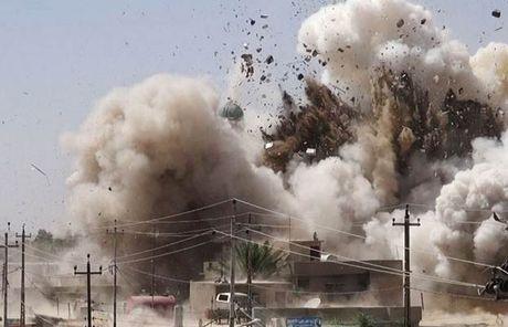 Khong quan Tho Nhi Ky cho no tung 17 can cu cua IS o Syria - Anh 1