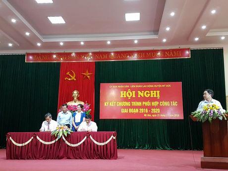 UBND-LDLD huyen My Duc ky chuong trinh phoi hop - Anh 1