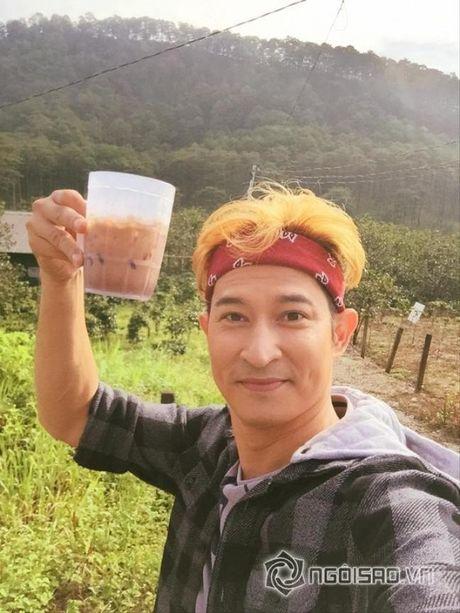 Cuoc song cua Huy Khanh va vo cu sau ly hon - Anh 15