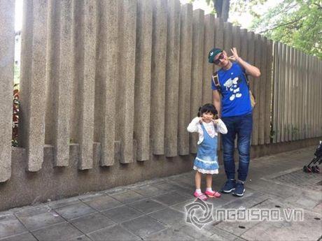 Cuoc song cua Huy Khanh va vo cu sau ly hon - Anh 20