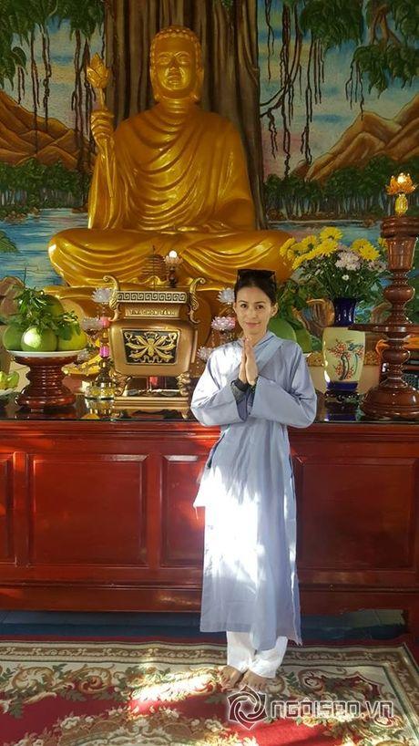 Cuoc song cua Huy Khanh va vo cu sau ly hon - Anh 9