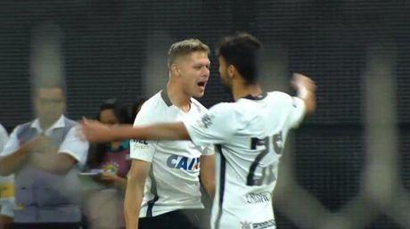 That bai toi thieu truoc Corinthians, Internacional dung tren bo vuc tham - Anh 1