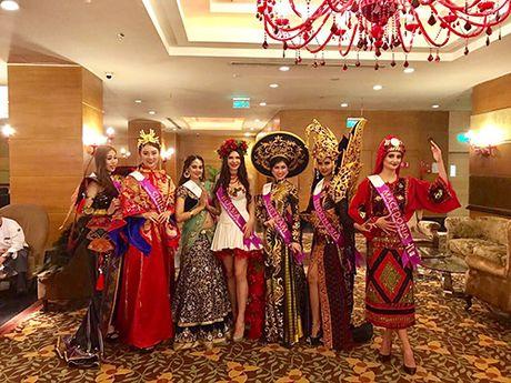 Dai dien Viet Nam lot top 9 Hoa hau Du lich quoc te 2016 - Anh 1