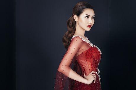 Nu hoang sac dep Ngoc Duyen hao huc chuan bi vay ao du Victoria's Secret - Anh 1