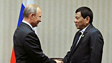 Ong Obama tin quan he My - Philippines se tot dep duoi thoi ong Trump - Anh 2