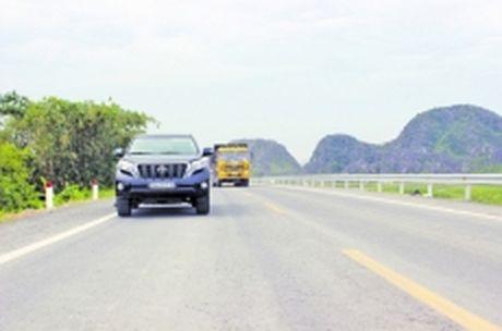 Bat dau thu phi BOT quoc lo 1 qua Ha Nam, doan tranh Phu Ly - Anh 1
