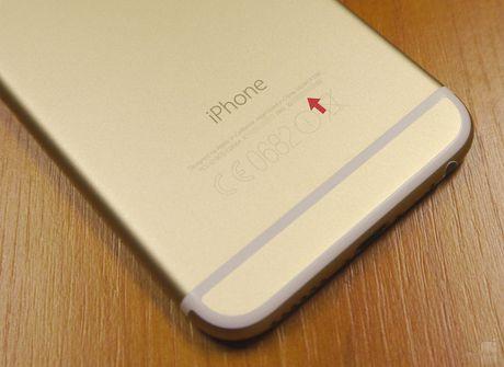 Apple thay pin mien phi cho iPhone loi sap nguon - Anh 1