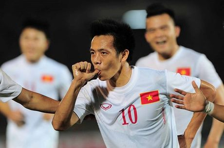 Trao luu ma-no-canh lan rong o AFF Cup - Anh 1