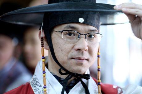 Du khach thue hanbok tung tang dao pho Seoul - Anh 8