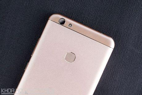 Chi tiet smartphone RAM 4 GB, cam bien van tay, gia hon 3 trieu dong - Anh 24