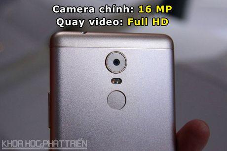 Chum anh smartphone camera 'khung', RAM 4 GB, pin 4.000 mAh - Anh 6