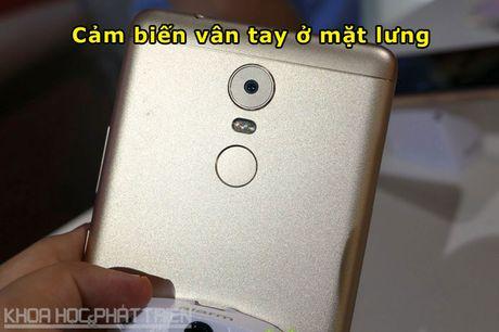 Chum anh smartphone camera 'khung', RAM 4 GB, pin 4.000 mAh - Anh 7