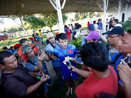 Phia Malaysia: 'Phong ngu chac, tan cong sac moi thang duoc tuyen Viet Nam' - Anh 2