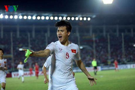 Chum anh: Dan hao thu dien trai tai AFF Cup 2016 - Anh 3
