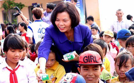 Vinamilk se trien khai Chuong trinh Sua hoc duong tai Dak Nong - Anh 2