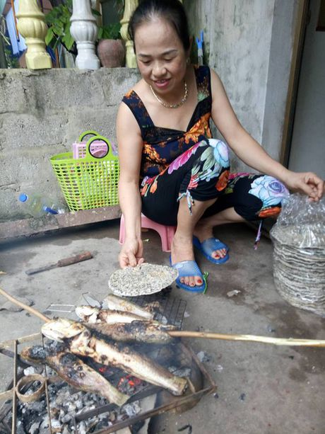 Gia dinh thu thanh Nguyen Manh mo ga co vu DT Viet Nam - Anh 1