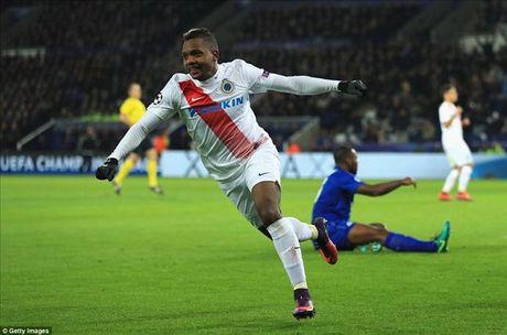 Okazaki va Riyad Mahrez lap cong, Leicester lap ky tich tai Champions League - Anh 4