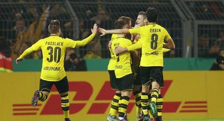 Reus lap hat-trick, Dortmund thang hon ca mot sec tennis - Anh 1