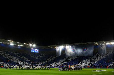 Thang nhe Brugge, Leicester lan dau vao vong 16 doi CL - Anh 1