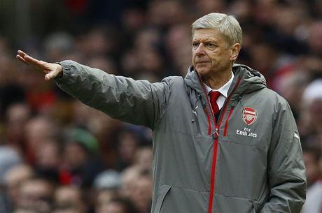HLV Wenger chon ra doi bong nguy hiem nhat Champions League - Anh 1