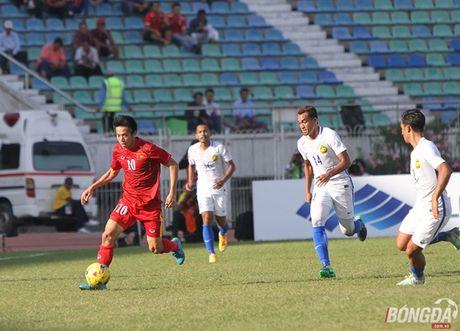 Chum anh: DT Viet Nam 'quat nga' Malaysia gianh ve vao ban ket - Anh 5