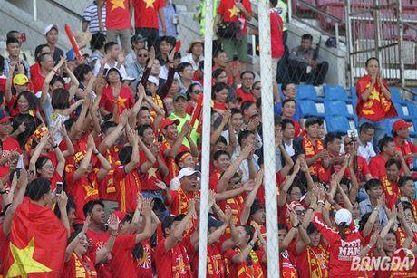 Chum anh: DT Viet Nam 'quat nga' Malaysia gianh ve vao ban ket - Anh 9