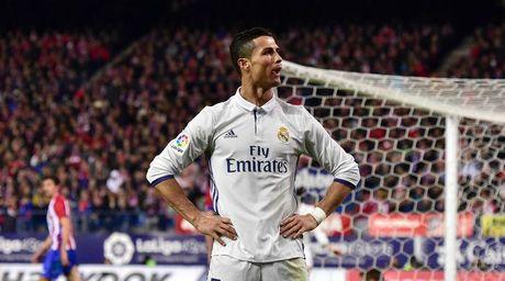 Ngay tai Bo Dao Nha, Ronaldo cung bi ghet - Anh 1