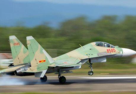 Phi cong Su-30MK2 Viet Nam sap duoc An Do dao tao - Anh 4