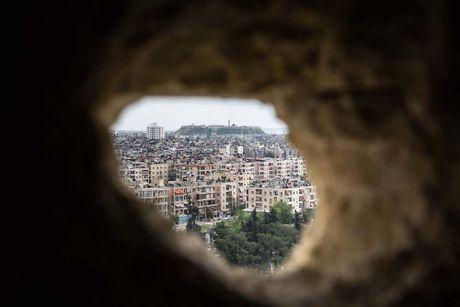 Canh do nat o thanh pho Aleppo trong chien tranh - Anh 1
