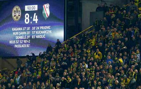 Dortmund thang 'dien ro' truoc CLB Ba Lan - Anh 4
