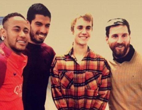 Justin Bieber gay nao dong san tap cua Barcelona - Anh 1