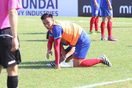 Trong Hoang lap cong, tuyen Viet Nam dat mot chan vao ban ket AFF Cup 2016 - Anh 14