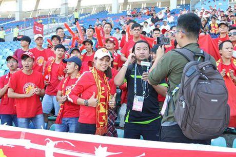Trong Hoang lap cong, tuyen Viet Nam dat mot chan vao ban ket AFF Cup 2016 - Anh 18