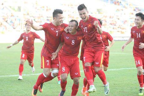 Trong Hoang lap cong, tuyen Viet Nam dat mot chan vao ban ket AFF Cup 2016 - Anh 2