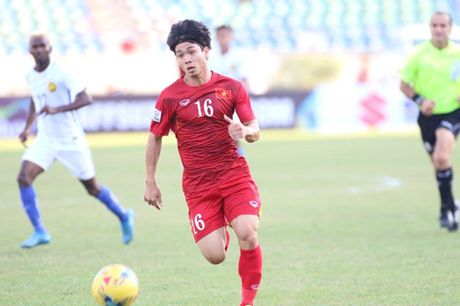 Trong Hoang lap cong, tuyen Viet Nam dat mot chan vao ban ket AFF Cup 2016 - Anh 4