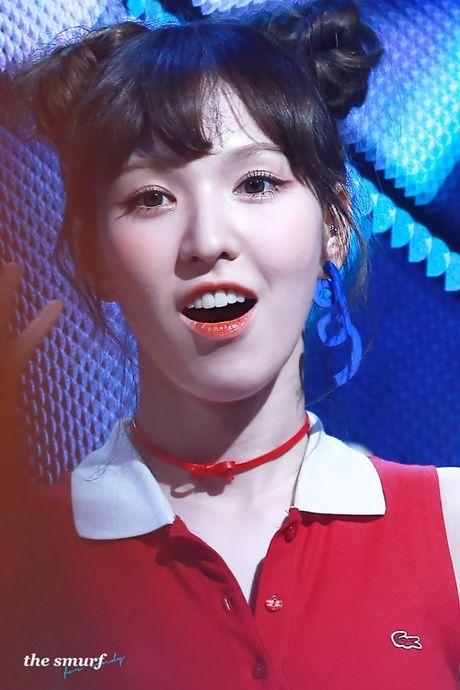 "Nu idol xu Han ""phat cuong"" voi bui toc ""Na Tra"" - Anh 2"