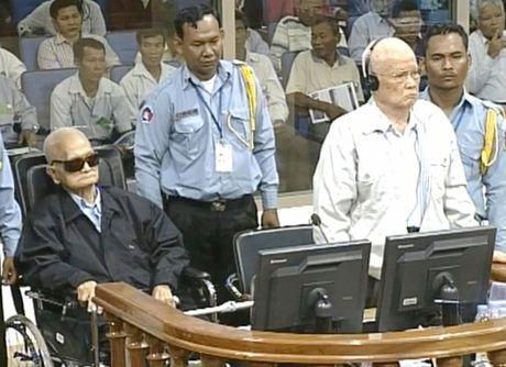 Campuchia: Y an tu chung than 2 cuu lanh dao Khmer Do - Anh 1
