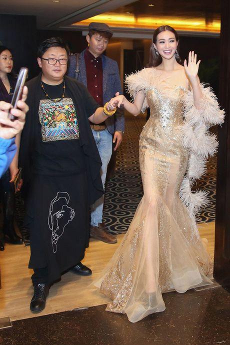 Khanh My cung nhom HKT ra mat phim o Trung Quoc - Anh 1