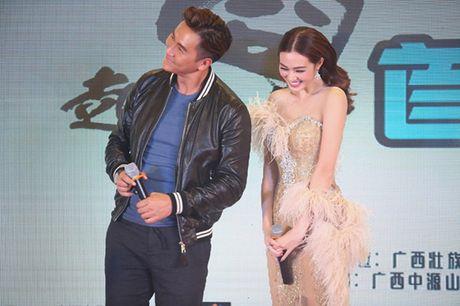Khanh My cung nhom HKT ra mat phim o Trung Quoc - Anh 6