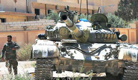 Quan doi Syria dang chiem uu the lon truoc phien quan o dong Aleppo - Anh 2
